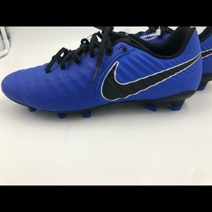 Nike Tiempo Legend 7 Academy FG Soccer Cleats